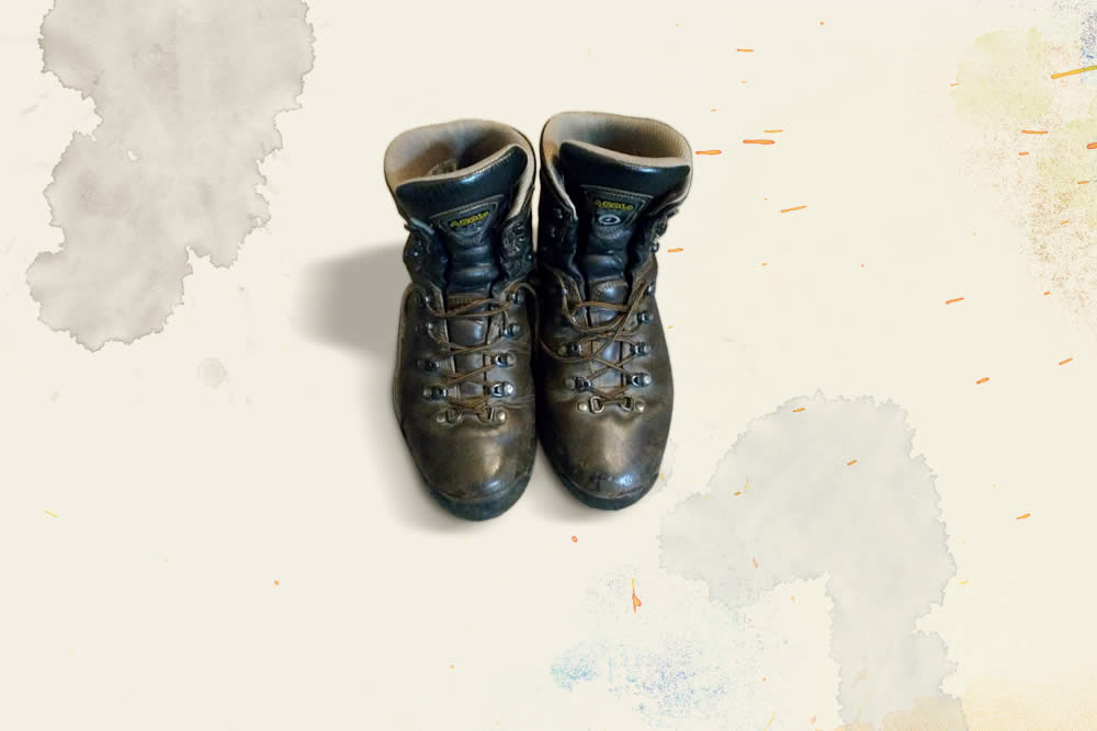 Boots (2015)